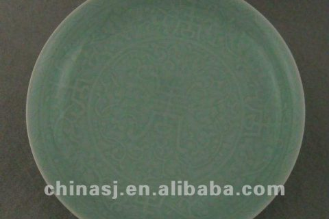 Beautiful green glazed porcelain plate with beautiful design WRYPE09