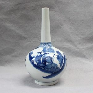 RYVX05 blue and white Chinese ceramic vase