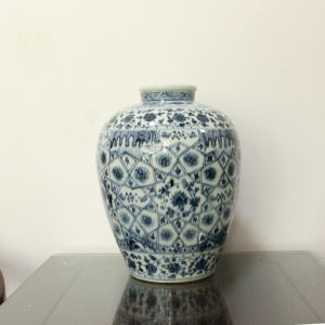 WRYWB05 Antique Ming Dynasty Flower Vase