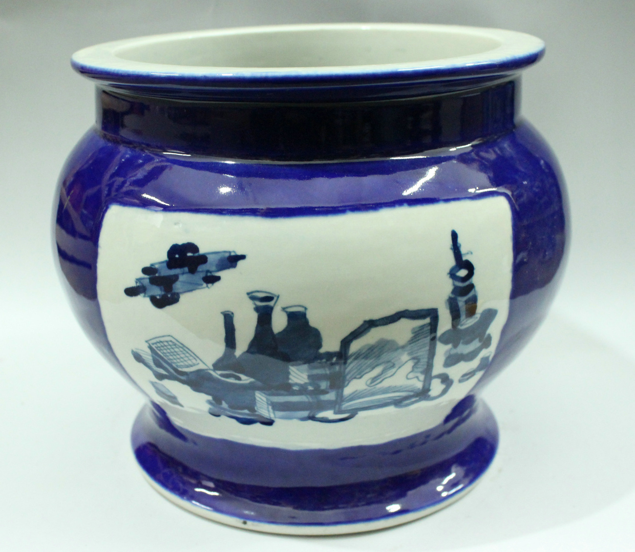 Rywm04 Blue And White Porcelain Flower Planter And Fish