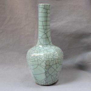 RYXC15 Crackle Long Neck Porcelain Vase