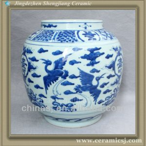 blue and white hand painted pottery vase RYVW09