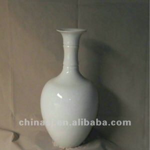 hand made white glaze ceramic Vase RYRJ07