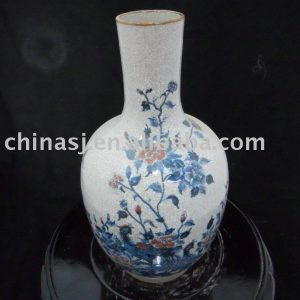 WRYJV03 Chinese Crackled Blue and White Porcelain Vase flower and bird