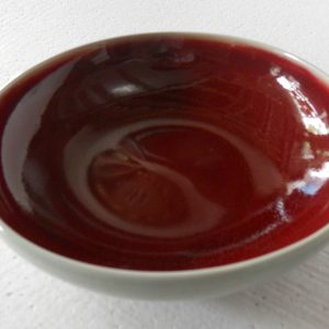 RYGZ09 crackled red glazed plate