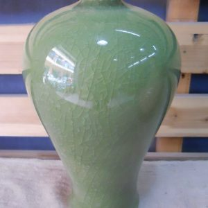 WRYMK02 Crackled green Meiping Vase