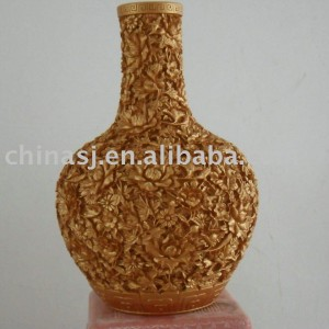 high quality gold hand engraved vase WRYNG02