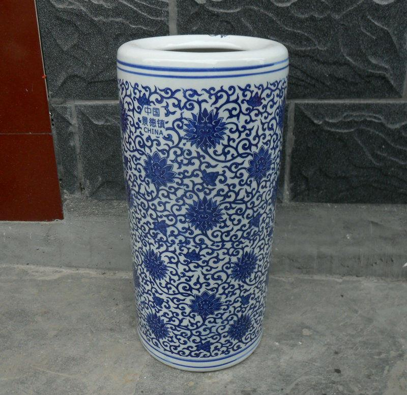 RYTI02 Chinese blue white indoor rain umbrella stand | Jingdezhen ...