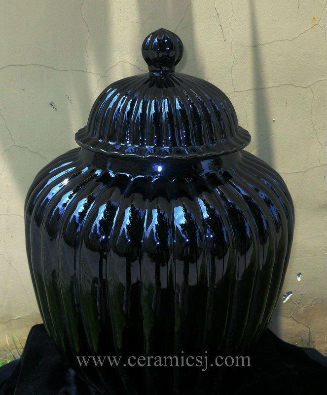 WRYMA30 Black melon Ceramic Jar
