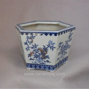 WRYSZ03 Blue and white peach design planter