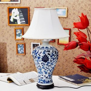 TYLP106 Hand paint Blue and White Meiping Lamp