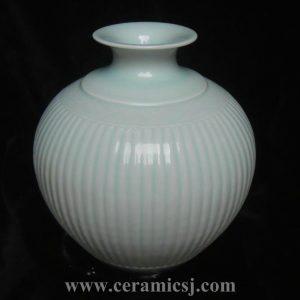 RYMA40 10 inch Celadon Ceramic Vase