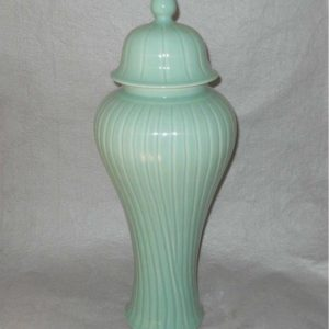 WRYKB84 home decor celadon Temple Jar