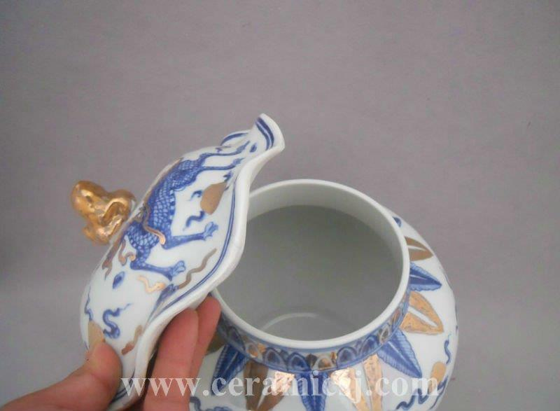 WRYPJ10 antique Blue and white dragon porcelain jar