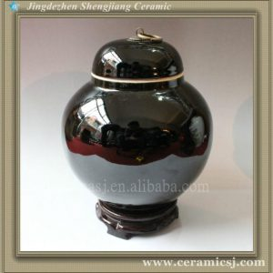RYVZ01 Qing dynasty reproduction black ceramic jar