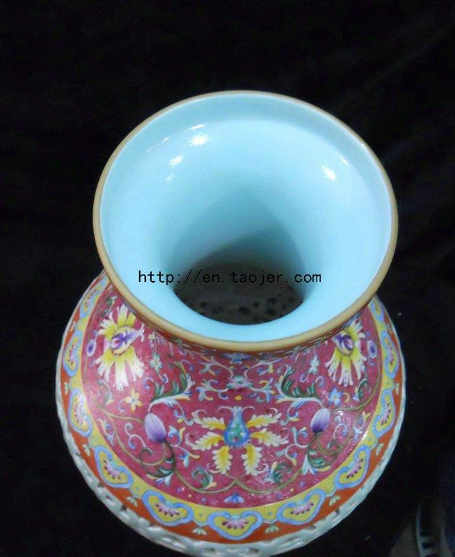 WRYLW01 Chinese Qing dynasty Reproduction Porcelain Vase