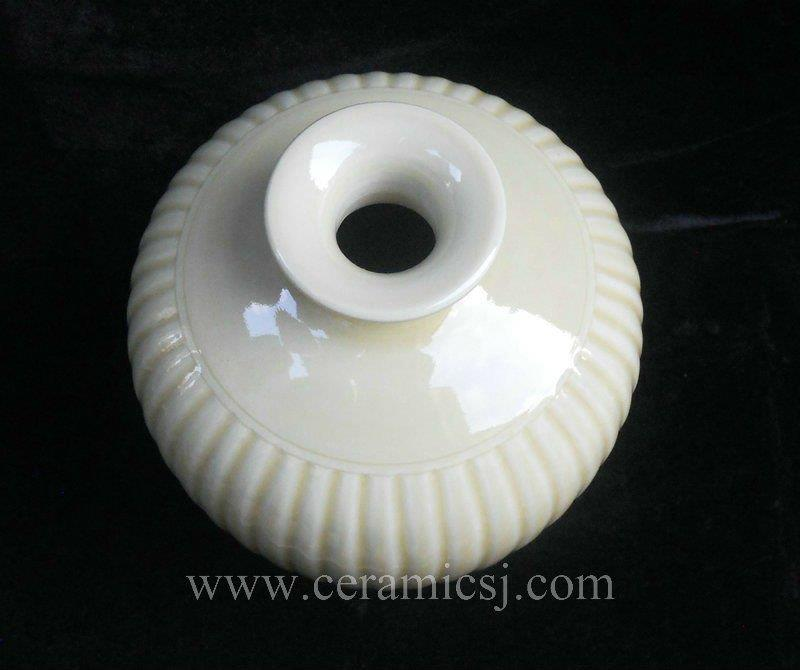 Light yellow Melon edge Porcelain Vase WRYMA09