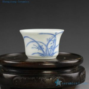 14AS30 Chinese Porcelain Tea Cup, hand painted blue white floral design