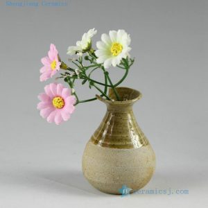 2H03 Hand made small flower vases