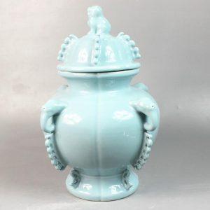 "RYNA06 15.3"" Blue ceramic Jars withe elephant handle and foo dog lid"