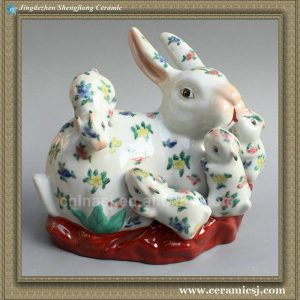 RYPT05 9inch Porcelain Rabbit Mother rabbit with babies High temperature fired hand painted