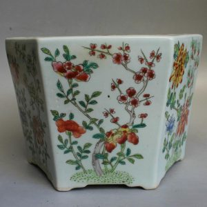 RYSZ12 hand painted Flower Planter