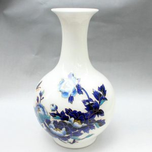 RYXF06 15.3 inch flower butterfly high white vase