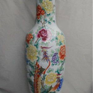 Famille rose Flower design Large Chinese Porcelain Vase WRYUL02