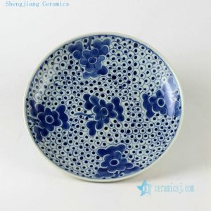 Ceramic Chinese blue and white decor plates