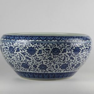 C73-2 d16.3inch Ceramic Blue and White Fishbowls