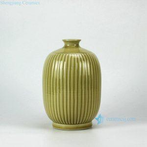 RYMA96-B Hand Made Ceramic Vase