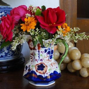 Decorating With Antiques: The Magic of Ceramics