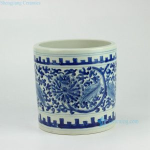 RYWD15 Hand paint blue and white interlock lotus branch pattern straight tube shaped big ceramic quiver brush holder
