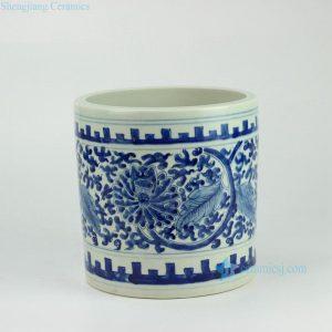 RYWD15 Hand paint blue and white interlock lotus branch pattern straight tube shaped big ceramic quiver brush holder
