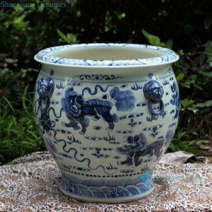 RZFH03 Hand paint blue and white lions playing with silk ball pattern porcelain storage huge vat