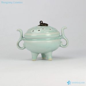 RZIE03 Celadon glaze China royal three feet lidded incense burner