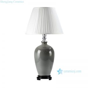 DS56-RYNQ Jingdenzhen China produce grey solid color glaze ceramic modern lamp with wooden base and pleated fabric lamp shade