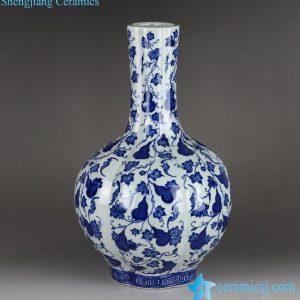RYTM58 Globular shape blue & white cucurbit pattern ceramic vase