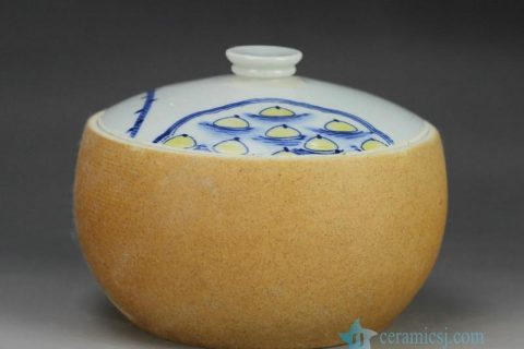 RZFZ-B-07 Clay style hand paint lotus seed pattern pottery storage jar with lid