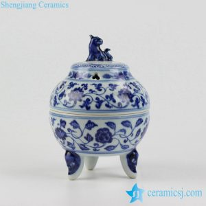 RZHL18-B Foo dog lid blue and white floral pattern pottery tripod incense aroma stove