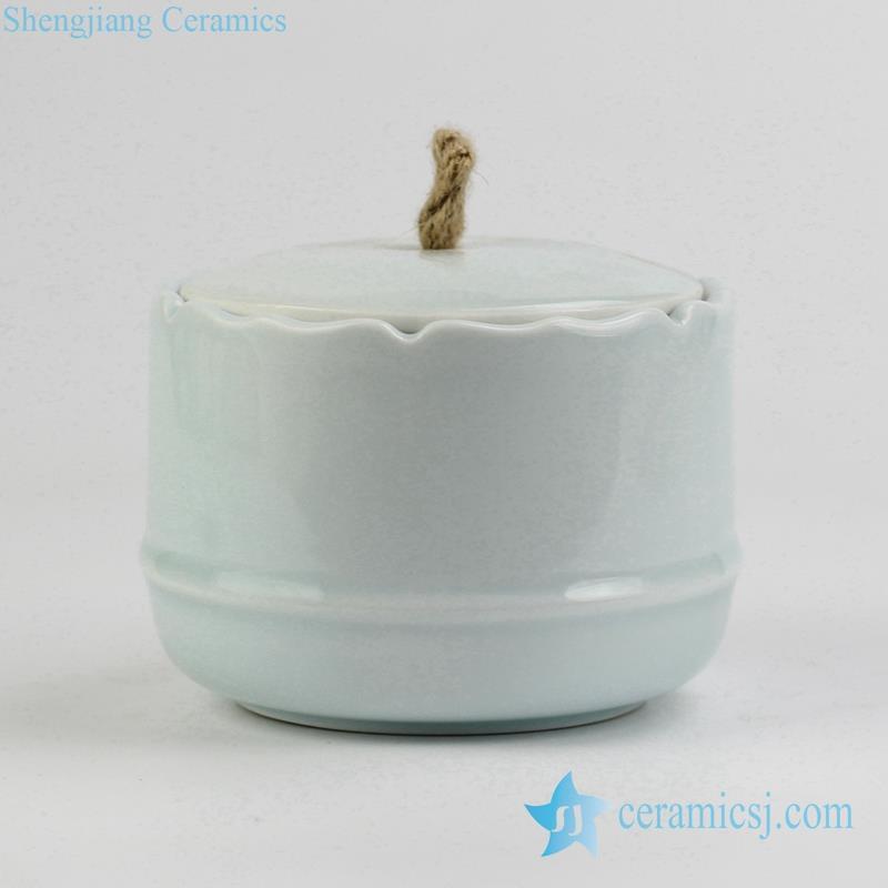 light green lotus leaf rim Jingdezhen China porcelain tea jar