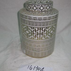 RZKA161304 Round royal China style golden line pottery jar