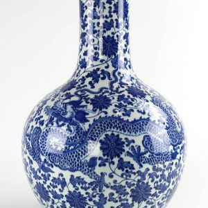 RYUU24 long neck round belly blue and white royal dragon and flower pattern ceramic vase