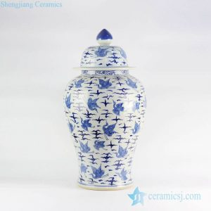 RYLU122 Chinese porcelain hand paint blue and white crane pattern home decor jar