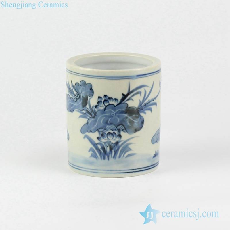 Blue and white hand paint banquet lotus pattern ceramic small vase
