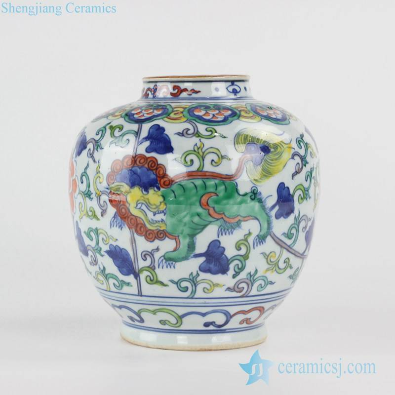 Colorful pigment blue and white mythical animal Chinese kylin pattern beautiful ceramic vase