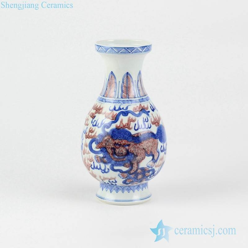 Discount cheap price hand paint elegant China kylin pattern blue and under glaze red porcelain vase