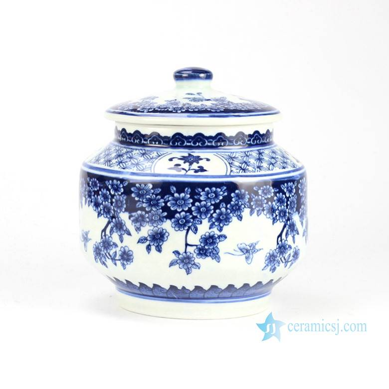 Butterfly loves the flower pattern traditional style home porcelain cookie jar