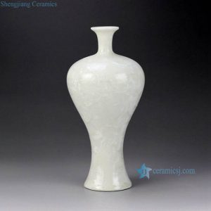 RZCU10 Ice crackle design plain white color porcelain narrow neck vase