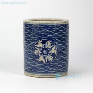 RZHO01 China antique style small crackle glaze children pattern porcelain pen holder